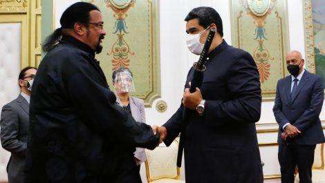 El actor de Hollywood Steven Seagal se reunió con Nicolás Maduro en Miraflores