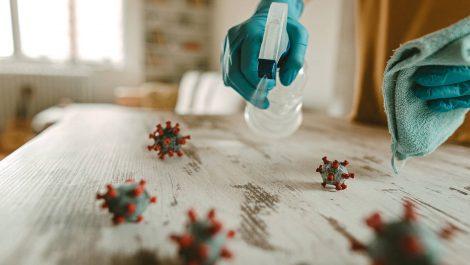 Conoce las siete recomendaciones para combatir el coronavirus que hoy se ha demostrado que no funcionan