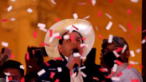 América saluda proclamación del izquierdista Castillo como presidente de Perú