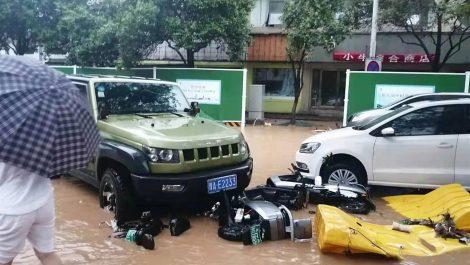 Inéditas lluvias en China dejan al menos 25 muertos entre escenas de terror (+ FOTOS)