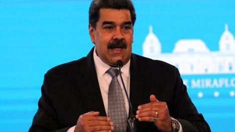 Maduro dice que las negociaciones con la oposición comenzarán en agosto
