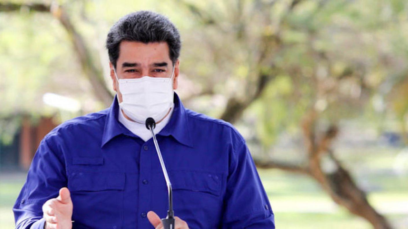Maduro vuelve a asomar la posibilidad de una cuarentena total si los casos siguen en aumento