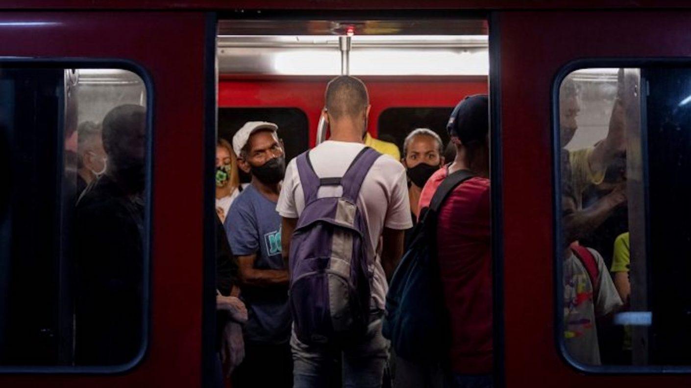 Metro de Caracas es señalado como el principal centro de contagios de covid-19 en la capital venezolana