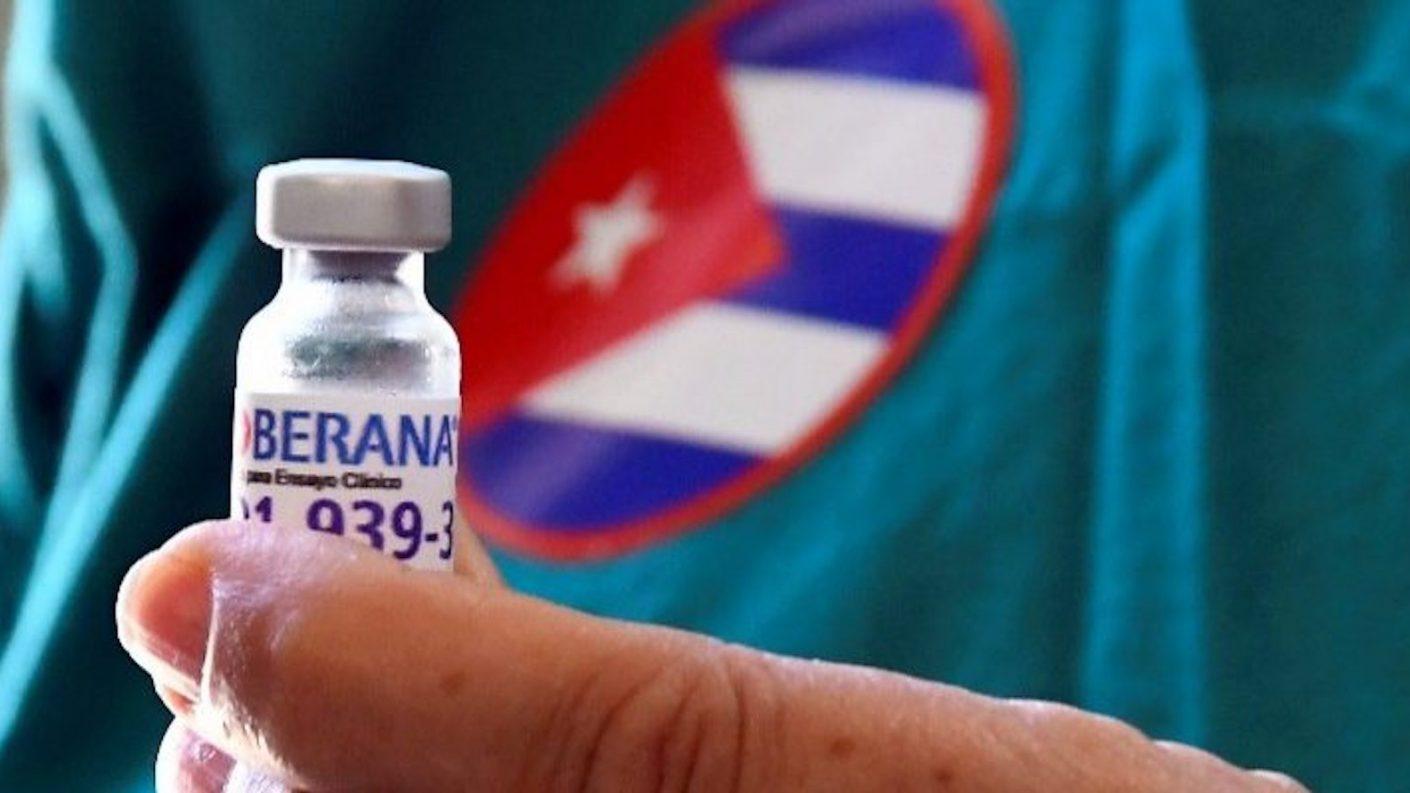 Cuba aprueba uso de emergencia de vacunas anticovid Soberana 2 y Soberana Plus