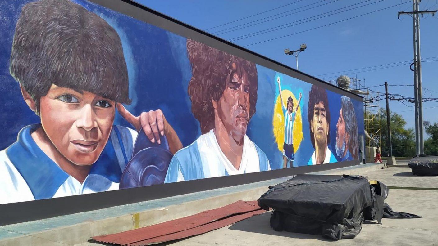 Lacava defiende el monumento a Maradona en Puerto Cabello