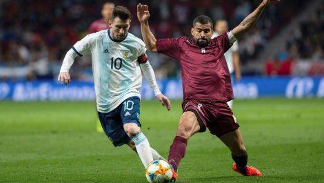 Duelo ante Argentina: falló el fútbol y también la organización