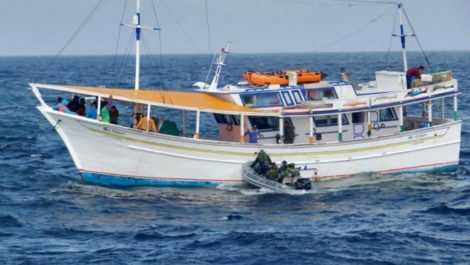Desapareció un buque con más de 20 personas: iba de Margarita a Los Roques