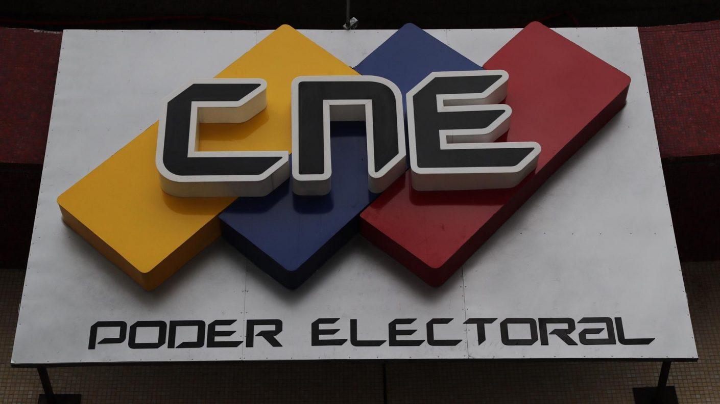 CNE configuró boleta de votación para las elecciones regionales del 21N