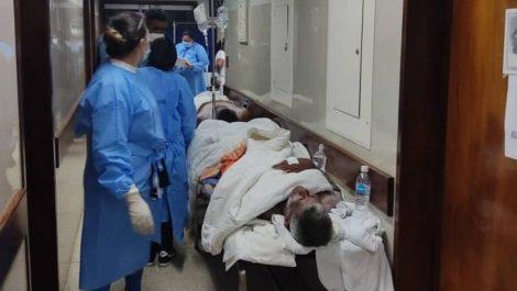 Rescataron a 22 personas de la embarcación perdida en Los Roques