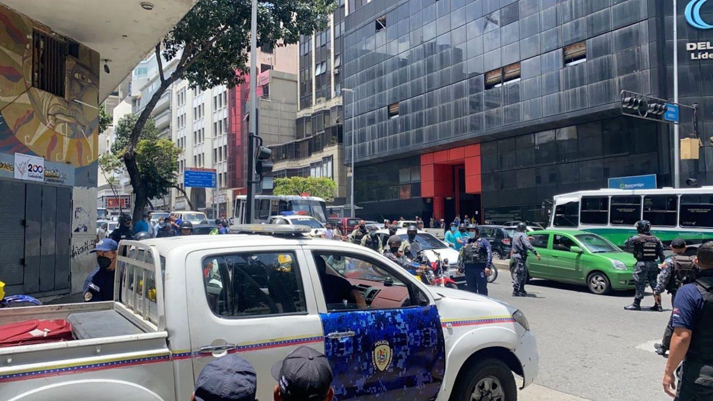 Un PNB y un antisocial murieron durante robo frustrado en la avenida Urdaneta