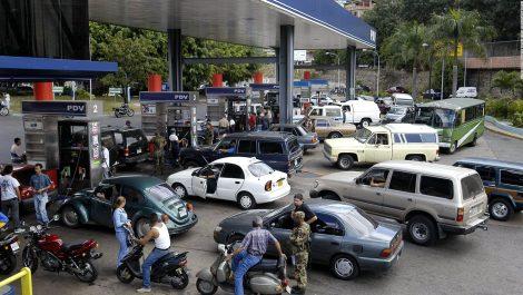 Oficialmente aumentó el precio de la gasolina subsidiada