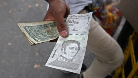 Entérate a cuánto puede llegar la tasa de cambio del dólar a finales de año