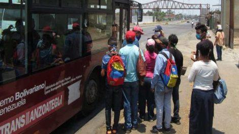 Transporte público será gratuito para los estudiantes en todo el país