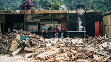 Lo que dijo La Casa del Cochino frito tras el derrumbe de su local