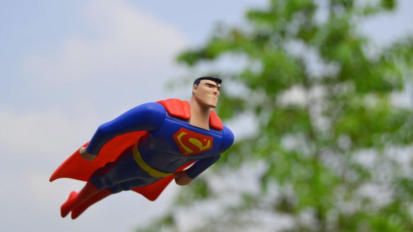DC Comics anuncia que el nuevo Superman será bisexual